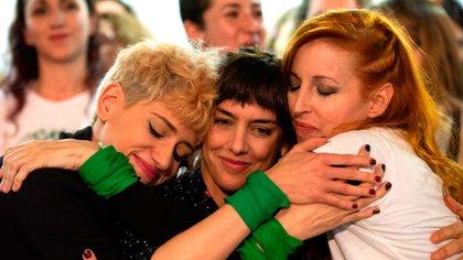 Actrices Argentinas se acercaron a la joven tras conocer el caso (Franco Fafasuli)