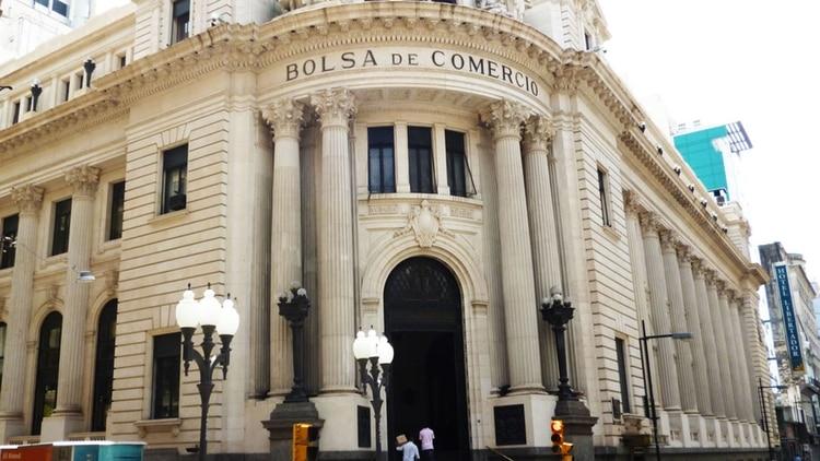 La Bolsa de Comercio de Rosario advirtió que la situación iba a traer consecuencias económicas por las dificultades en el transporte de productos.