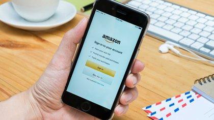 La librerias y sitios de viajes online nos recomiendan nuevas compras de acuerdo a nuestro gusto (Shutterstock)