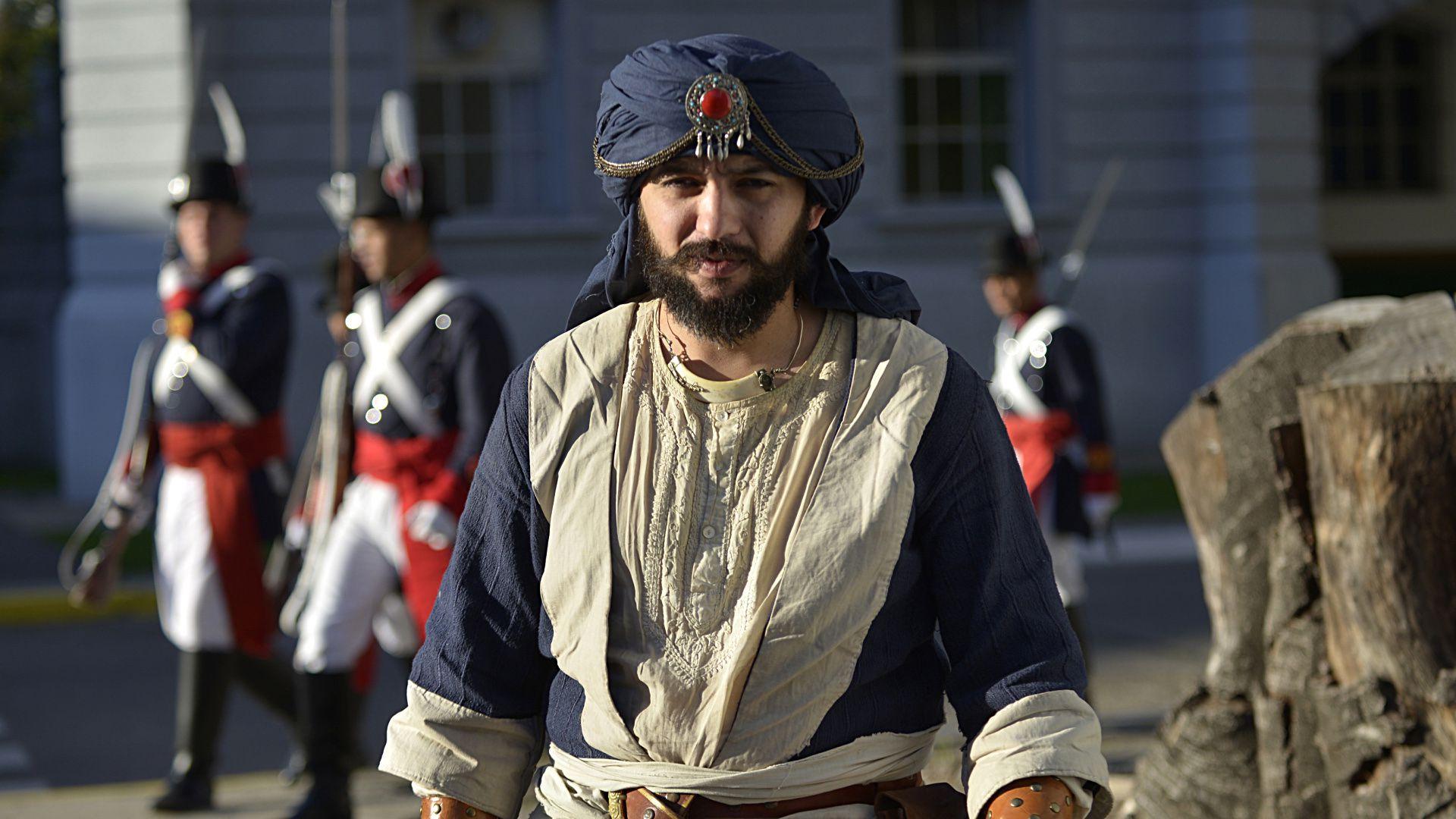 Los visitantesinteractuaron con romanos, vikingos, samuráis, árabes, soldados napoleónicos, gauchos y personajes medievales; apreciaron vivacs, campamentos, utensilios, vestimentas y uniformes de época; y disfrutaron de bailes, bandas y destrezas típicas