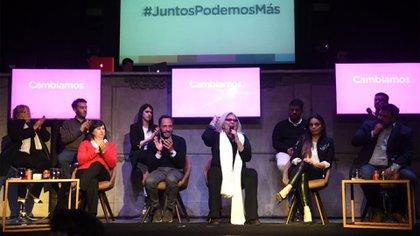 Elisa Carrió junto a los principales dirigentes de la Coalición Cívica (Prensa Carrió)