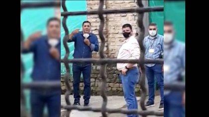 """Vos sos un traidor"": jóvenes increpan a Jorge Iván Ospina en las calles de Cali. Captura de pantalla."