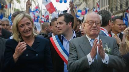 Marine y Jean Marie Le Pen, años atrás (Getty Images)