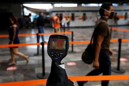 Trabajadores del Metro indicaron que no se informó sobre algún protocolo a seguir para evitar contagios por COVID-19 (Foto: Reuters /Carlos Jasso)