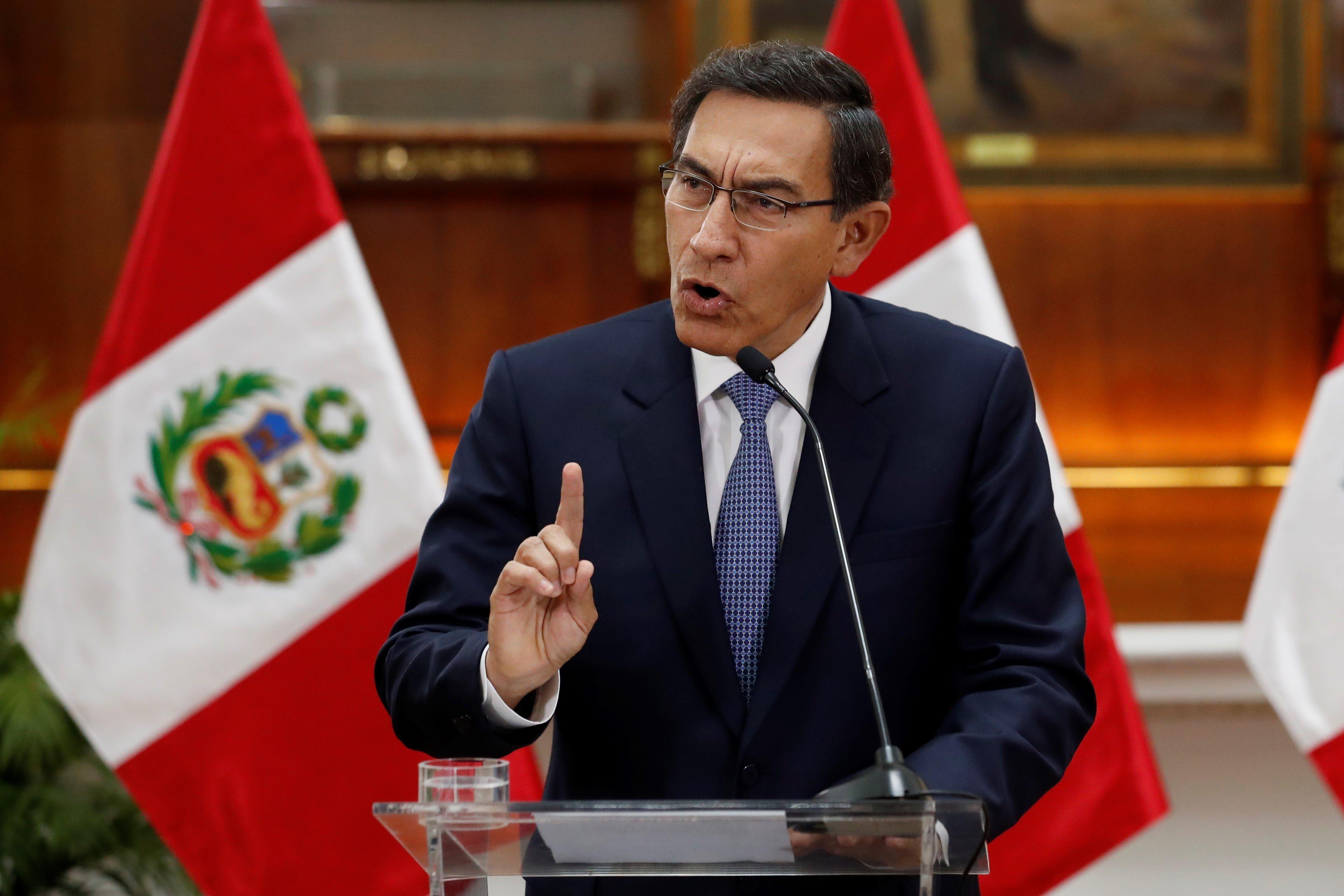 En la imagen, el expresidente peruano Martín Vizcarra. EFE/Paolo Aguilar/Archivo