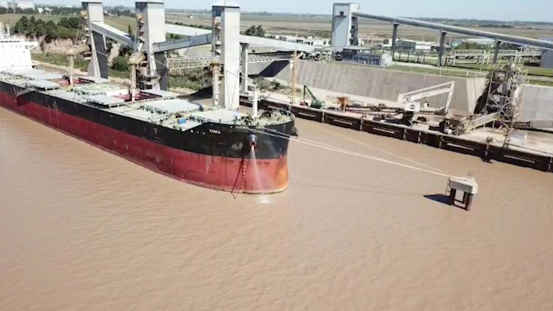 La bajante del Río Paraná afecta a la logística del sector agroindustrial (Bolsa de Comercio de Rosario)