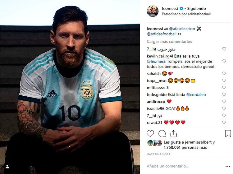 Messi posó con la camiseta de la Selección en su cuenta de Instagram.