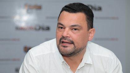 Por instigar actos violentos denuncian a congresista Sergio Marín del partido Comunes
