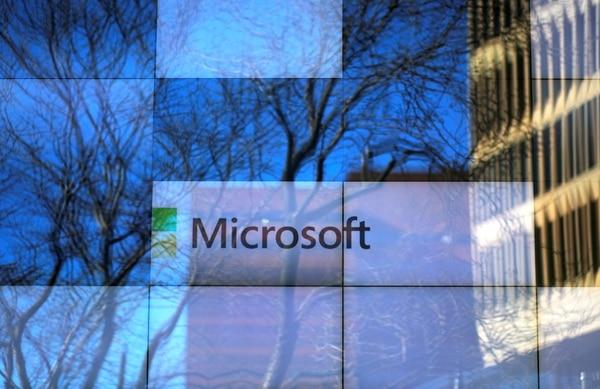 Microsoft se mantuvo entre las 10 marcas más valiosas del mundo según Interbrand. (Reuters)