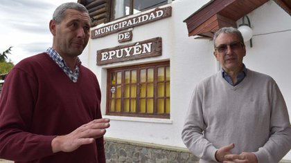 Pablo Nouveau, director de Área Programática Esquel del Ministerio de Salud de Chubut, y Fabian Puratich, subsecretario de Gestión Institucional