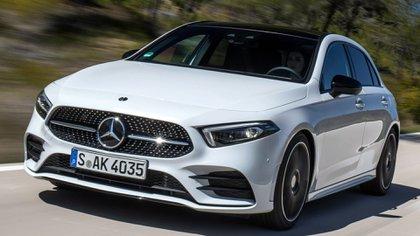 Mercedes-Benz Clase A, con una profunda actualización es uno de los modelos con grandes chances de ganar.