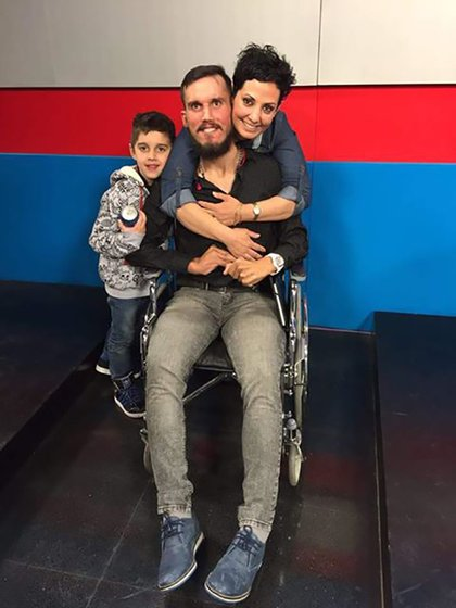 Maxi con su hijo y su hermana