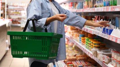 Las ventas en los supermercados en diciembre sumaron un total de 29,1 millones de pesos, lo que representa una disminución de 6,3 por ciento