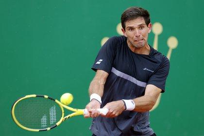 Federico Delbonis logró una gran victoria en el Master 1000 de Madrid y avanzó a la segunda ronda (REUTERS/Eric Gaillard).