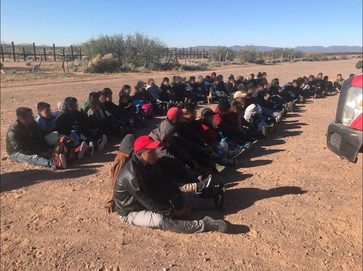 Casi 10.000 migrantes fueron detenidos en las tres estaciones de la Patrulla Fronteriza de Nuevo México desde el 1 de octubre, según las autoridades (Foto: CBP Arizona)