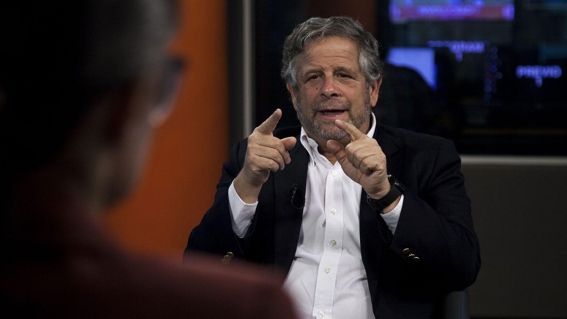 El ex ex ministro de Salud habló con Infobae sobre la situación de Argentina y las vacunas (Santiago Saferstein)