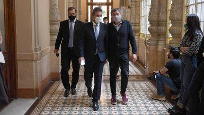 Sergio Massa y Máximo Kirchner entrando a la Cámara de Diputados