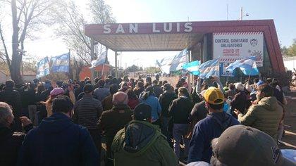 Productores agropecuarios realizaron durante varios días una protesta en los ingresos a la provincia de San Luis