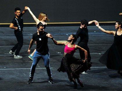 """De """"Argentum"""" participarán 84 bailarines en escena y 75 músicos en vivo (Maximiliano Luna)"""