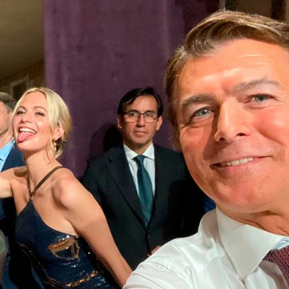 Los actores se divierten mientras esperan para grabar (Fotos: Instagram)