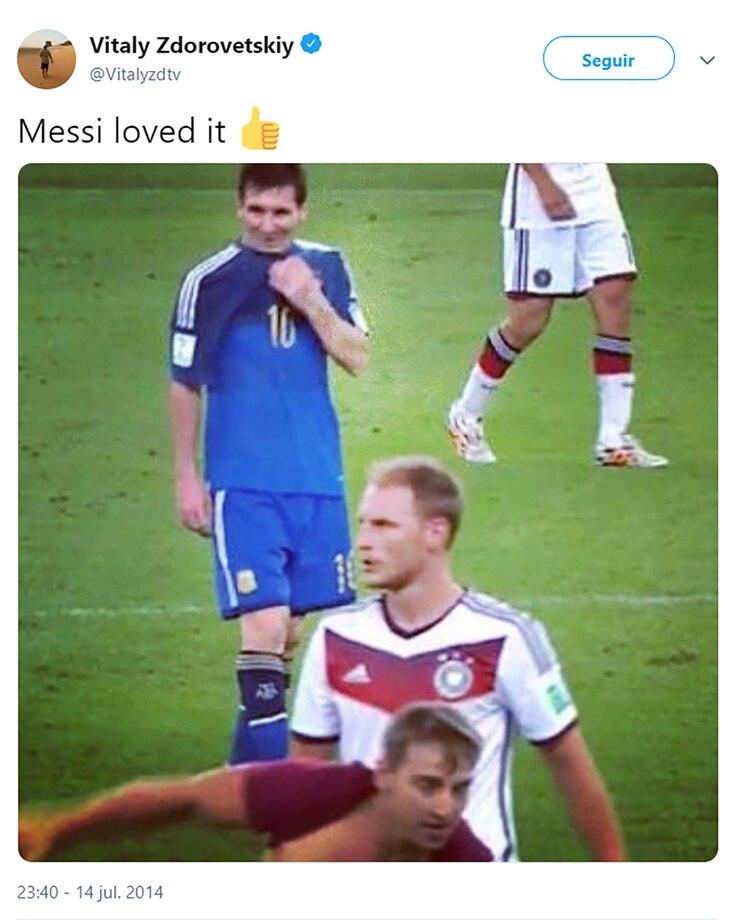 El tuit de Vitaly luego de invadir el campo de juego en la final del Mundial 2014