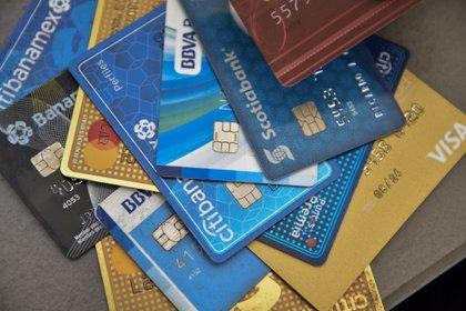 La baja bancarización, México tiene baja penetración bancaria ya que solo el 36% de la población tiene una cuenta bancaria, particularmente de tarjetas de crédito. (FOTO: CRISANTA ESPINOSA AGUILAR /CUARTOSCURO)