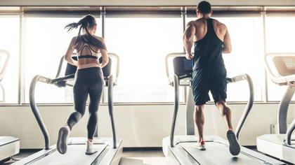 Varios estudios han demostrado que no querer hacer ejercicio se debe a una señal que envía el cerebro (Getty)