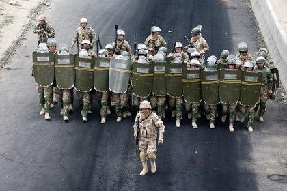 Durante el bloqueo en El Alto se produjeron choques con las fuerzas de seguridad (REUTERS/David Mercado)