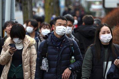 Japón había detectado hasta el pasado domingo un total de 414 casos de coronavirus bajo su jurisdicción (Reuters)