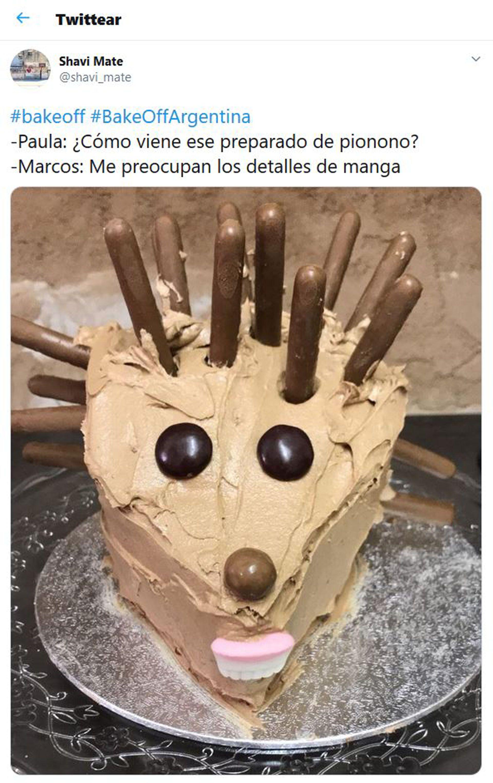Los usuarios de las redes emitieron fotos burlando la torta realizada por Marcos (Foto: Twitter)