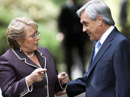 Sebastián Piñera y Michele Bachelet en las reuniones previas al cambio de mando en Chile