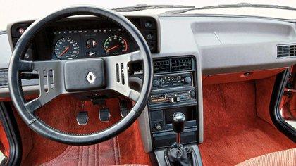 Un instrumental importante para la época. En 1987 incorporó computadora de a bordo.