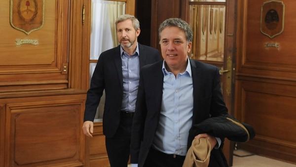 Los ministros Frigerio y Dujovne estarán presentes en el encuentro del martes