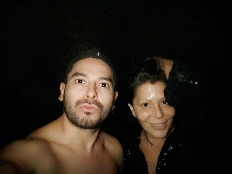 El maquillista trabajó con Ale Guzmán hace un par de años (Instagram: oktaviotorres_)