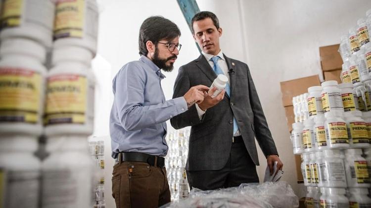 Juan Guaidó coordina la entrega de la ayuda humanitaria