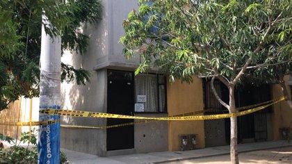 El cuerpo de un hombre que murió por covid-19 lleva abandonado dos días en Santa Marta