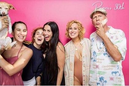 Demi Moore y Bruce junto a sus hijas en el cumpleaños de Rumer Willis (Instagram Rumer Willis)