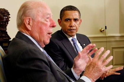 Un encuentro con el entonces presidente Barack Obama en 2009 (REUTERS/Kevin Lamarque)