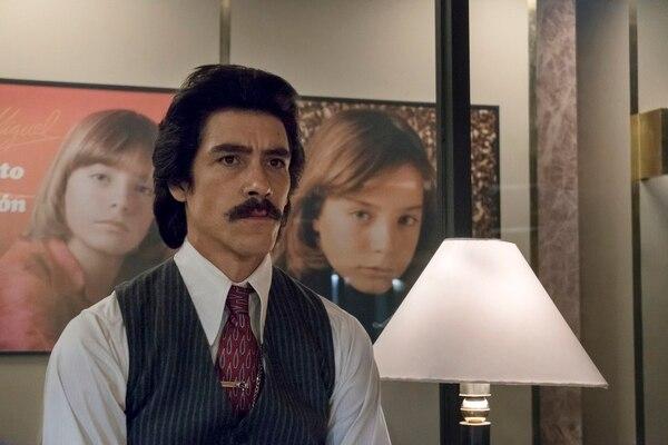 Luisito Rey, el más hombre más tenebroso de la serie de Luis Miguel
