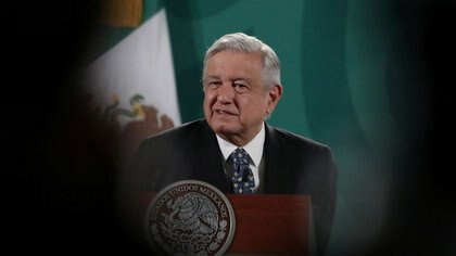 """Que México coma pasteles"": un durísimo editorial de NYT advierte que AMLO ""da señales de ser más de lo mismo"""