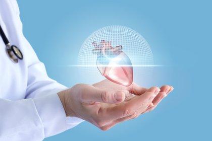 El coronavirus tendría un impacto duradero en el corazón (Shutterstock)