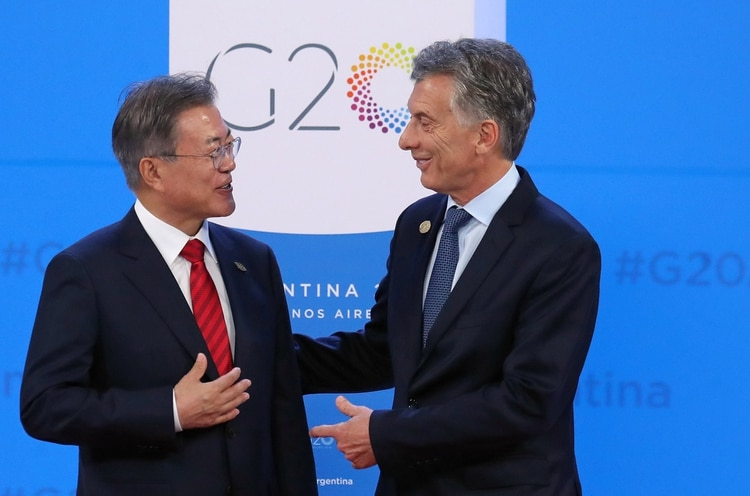 Macri and Moon Jae-in at the G20 summit (Reuters)