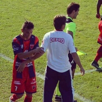 Sergio Chitero tuvo un destacado paso como futbolista de Depro entre 2017 y 2018. También logró ascensos con Patronato y Atlético Paraná (club_depro)