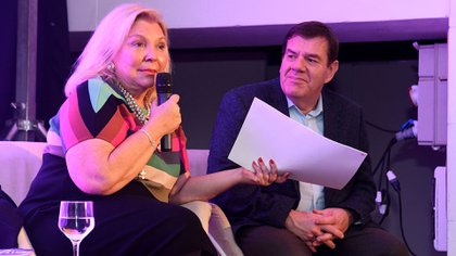 Elisa Carrió, el viernes en Mar del Plata, junto a Guillermo Montenegro (Prensa Coalición Cívica)