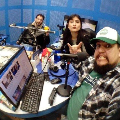 """""""Radio Joven FM 105.5"""", donde brillaba con sus intervenciones enel programa """"Radio Circo Show"""", el más escuchado en Alvear y que además se transmite a través de la televisión local"""