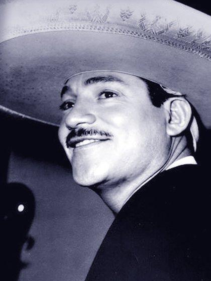 """""""Javier Luquín"""" fue el primer nombre artístico de Javier Solís (Foto: Twitter)"""