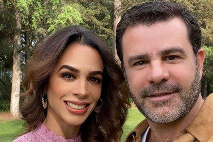 Gaytán y Capetillo se casaron en 1994