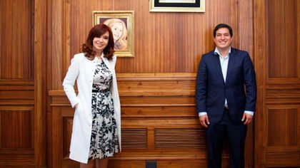 Cristina Fernández de Kirchner recibió en su oficina del senado argentino a Andrés Arauz, candidato presidencial de Ecuador impulsado por Rafael Correa