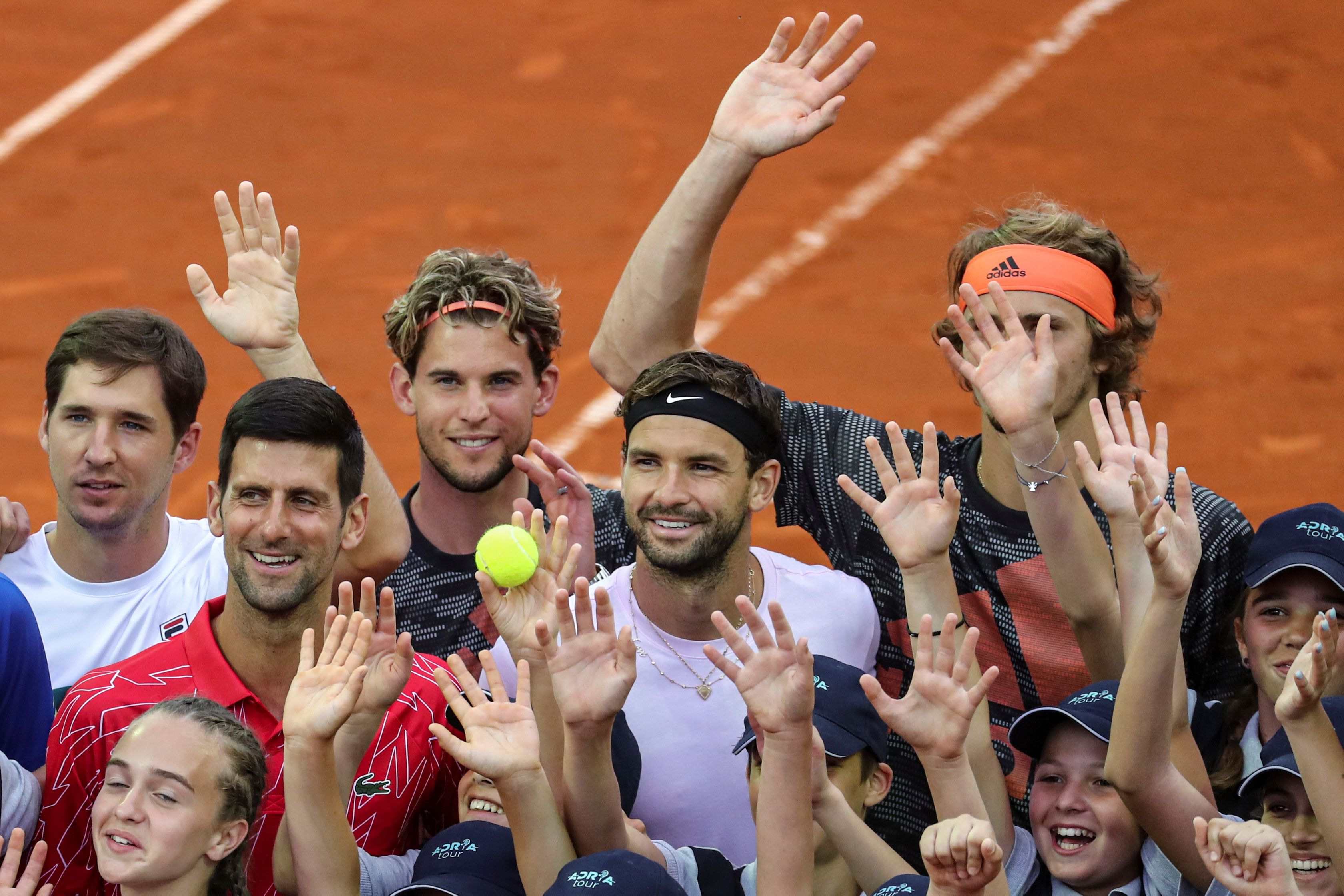 Grigor Dimitrov, Djokovic, Dusan Lajovic,Dominic Thiem y Alexander Zverev, algunos de los tenistas que participaron del Adria Tour (REUTERS/Marko Djurica)