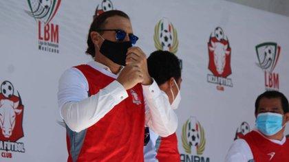 Su padre, Germán, fue un distinguido futbolista que brilló en el Toros Neza de la Primera División en México y ahora es el técnico de la franquicia en la LBM (Foto: Cortesía/ Neza FC)